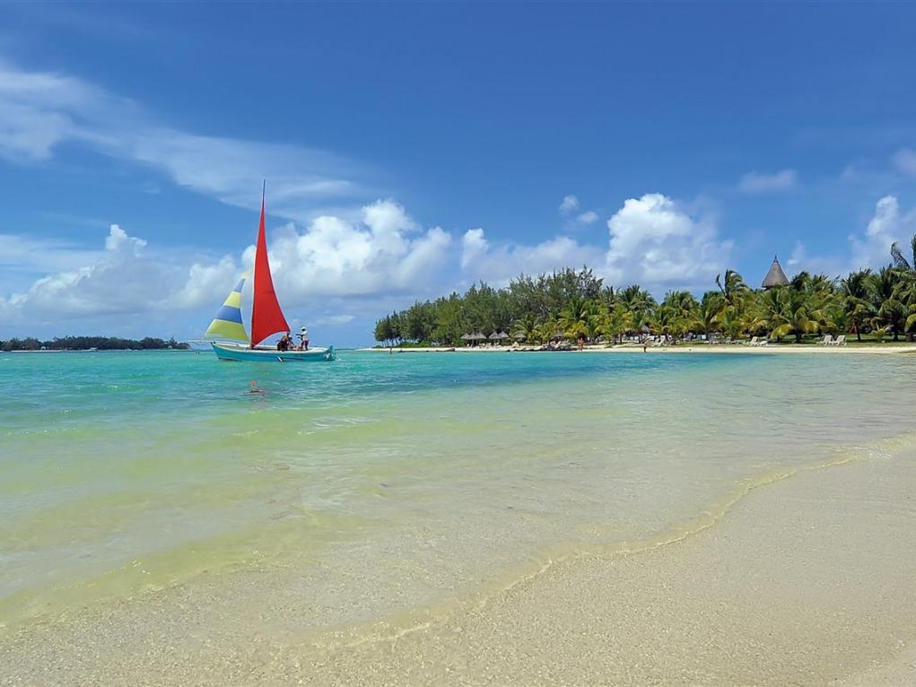 Hotels Mauritius (These rates are also valid for Family & Friends)